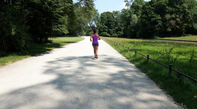 ウォーキングやジョギングではサルコペニア対策にならない
